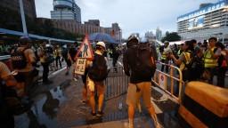 Protesty chcú zakončiť štrajkom. Hongkongu sa nepáči vplyv Číny