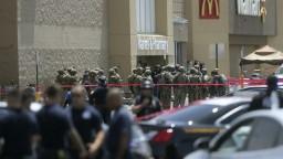 Streľba v hypermarkete má desiatky obetí, majú podozrivého