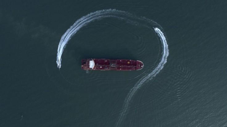 Irán zadržal v Perzskom zálive tanker, mal pašovať ropu