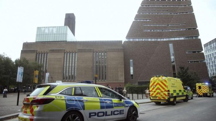 Z 10. poschodia londýnskeho múzea zhodili malého chlapčeka