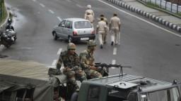 Sporný Kašmír prišiel o autonómiu, Pakistan krok Indie odmieta