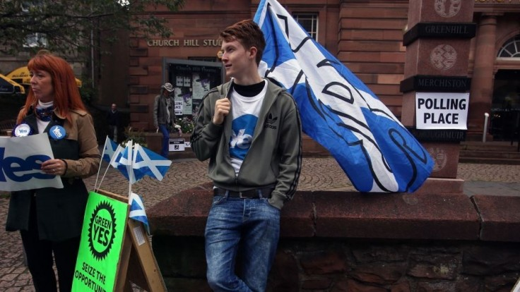Rozvod po stáročiach. Škóti by v referende hlasovali za nezávislosť