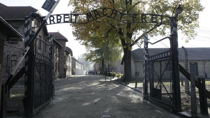 Príbuzní obetí z koncentračných táborov majú dostať od železníc odškodné