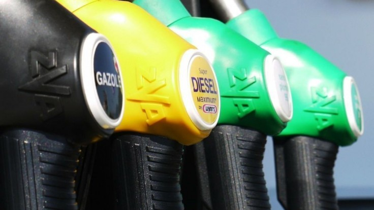 Nemecko chce zaviesť daň z CO2. Palivo im šialene zdražie!