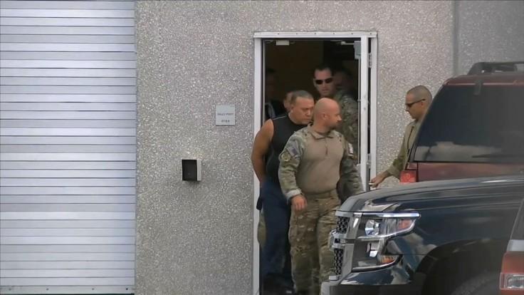Muž, ktorý posielal prominentom balíky s bombami, pôjde za mreže