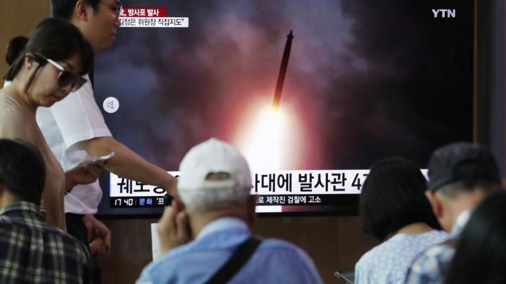 Odpálenie rakiet bolo varovaním, vyhlásil severokórejský vodca