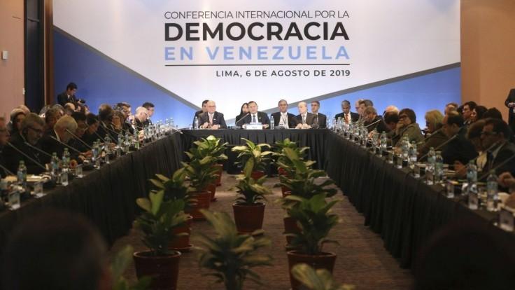 USA varovali Rusko a Čínu pred obchodmi s Madurovým režimom