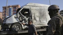 Taliban nastražil bombu v aute, útočník sa odpálil pred políciou