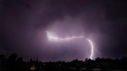 Turistky v Česku trafil blesk, najstaršiu sa nepodarilo zachrániť