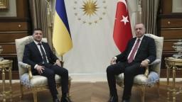 Zelenskyj pricestoval do Turecka, diskutoval aj o osude Krymu