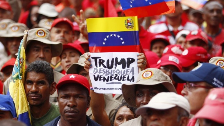Maduro stopol rokovania s opozíciou, odvolal sa na agresiu USA