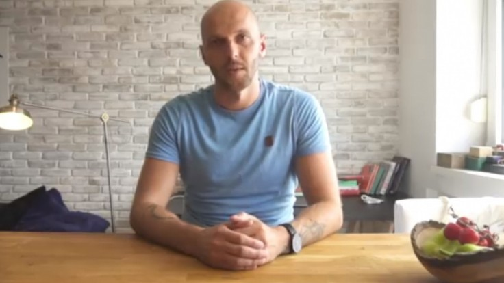 Líder PS/Spolu vo videu priznal, že skúšal drogy. Chce byť úprimný