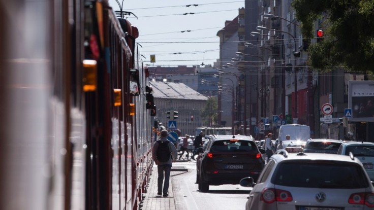 Cez víkend rátajte s výlukou električky, upozornil dopravný podnik