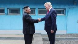 Kim sa v liste ospravedlnil a chce nové rozhovory, tvrdí Trump