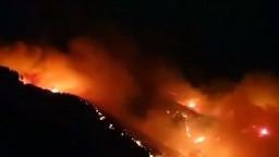 Na dovolenkovom ostrove v Španielsku vypukol obrovský požiar