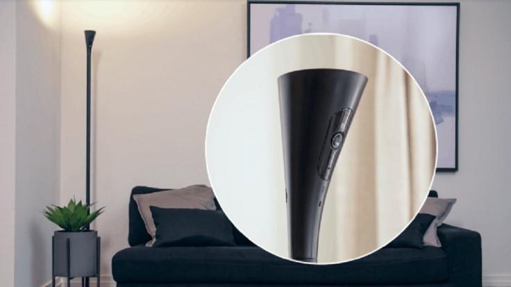 Panasonic skryl domácu bezpečnostnú kameru do stojacej lampy