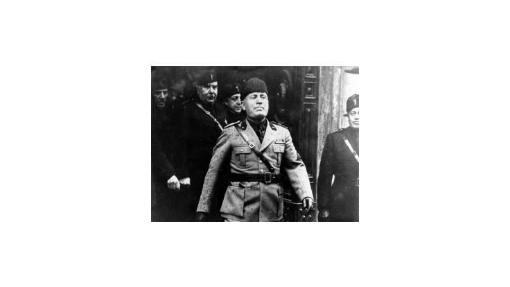 Berlusconiho straník chce pomenovať školu po Mussolinim