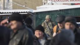 Rusi ponúkli občianstvo miliónom Ukrajincov z Donbasu