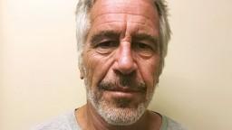 Finančník odsúdený za pedofíliu sa obesil, potvrdila to súdna pitva