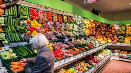 Za sezónne potraviny si priplatíme, situáciu zhoršuje nákaza ošípaných