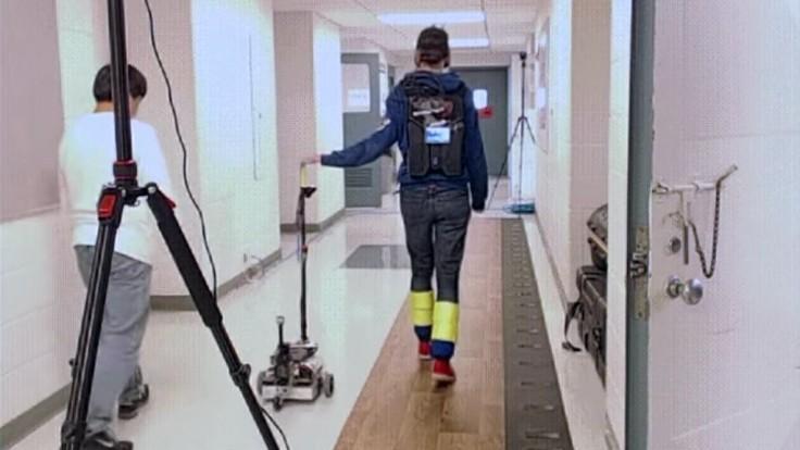 Robotická vychádzková palica podporí ľudí so zníženou pohyblivosťou