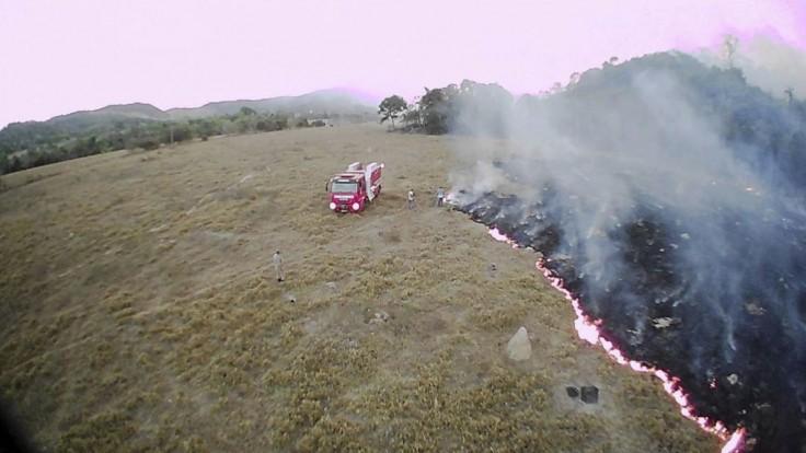 Mimovládky sa bránia. Z požiarov pralesa vinia brazílsku vládu