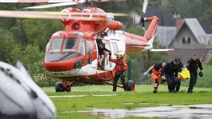 Po búrke hlásia už vyše sto ranených, v Tatrách hľadajú ďalších