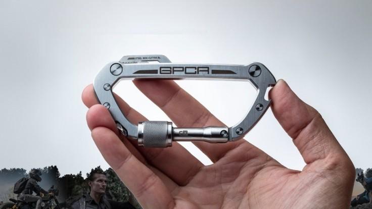 Viacúčelová karabína GPCA s minimalistickými nástrojmi