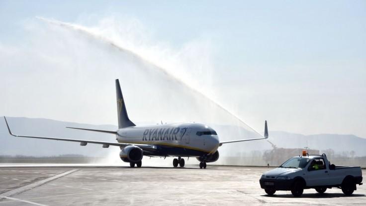 Ryanair oznámil zmeny, ruší lety na východné Slovensko
