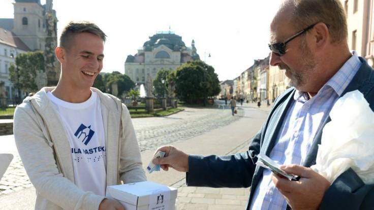 Únia nevidiacich a slabozrakých Slovenska sa dištancuje od novovzniknutej zbierky Biela pastelka Oravy