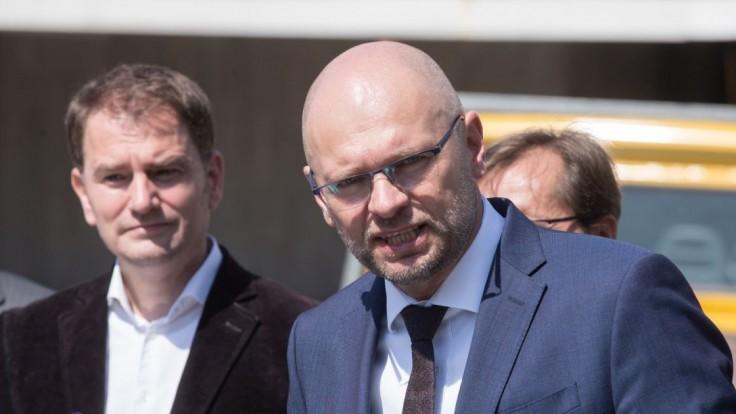 OĽANO chce premiérovi vysloviť nedôveru, v opozícii má podporu