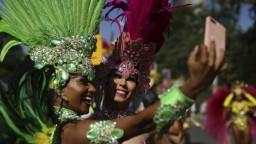 V Londýne sa končí festival, ktorým každoročne pretancuje milión ľudí