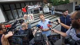 Matovič pokračoval v proteste pred rezortom, chce Jankovskej koniec