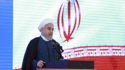 Rúhání odkázal, že s USA budú rokovať až po zrušení sankcií