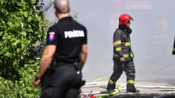 Chceme rovnaké platy, žiadajú policajní a hasičskí odborári spolu so ZVJS