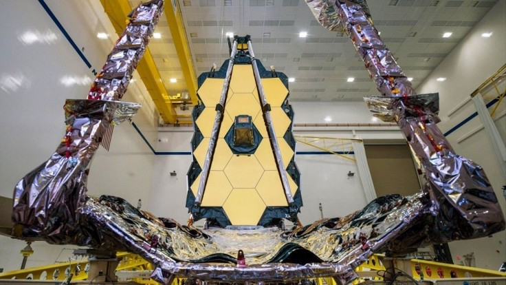 Nástupca Hubblovho vesmírneho ďalekohľadu je už zložený