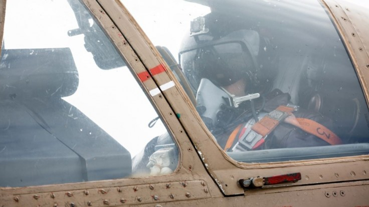 Rusom sa zrútila bojová stíhačka, po dvoch pilotoch pátrajú
