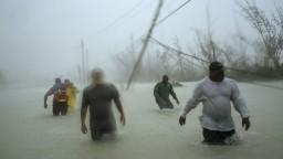 Hurikán Dorian zoslabol, no na Mexiko sa valí nová tropická búrka