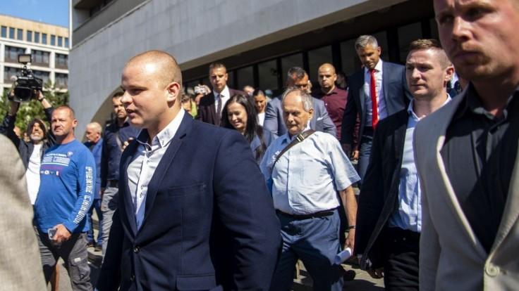 Náhradník potrestaného Mazureka nastúpi aj do parlamentných výborov