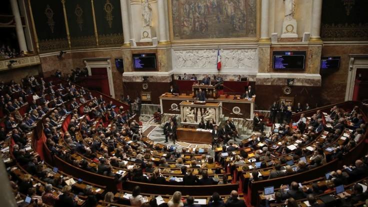 Temné tajomstvo pod francúzskym Senátom. Našli tam Hitlera