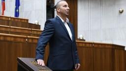 Parlament má nových poslancov, sľub zložil aj Mazurekov nástupca