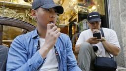 V USA majú ďalšiu obeť e-cigariet. Diskutuje sa o ich zákaze