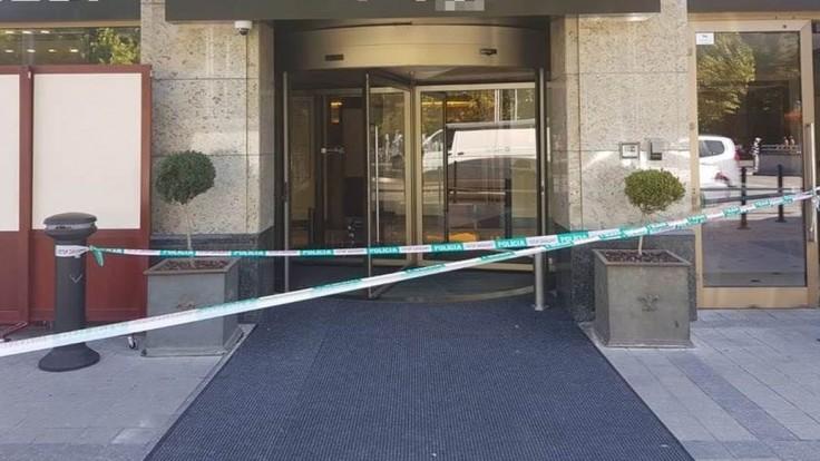 Do luxusnej predajne v bratislavskom centre vtrhli lupiči