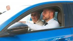 Ak nový model budú vyrábať v Trnave, vláda automobilku podporí