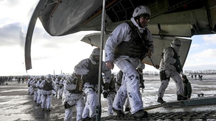 Trump vyčlenil pre Ukrajinu štvrť miliardy dolárov, ide o vojenskú pomoc