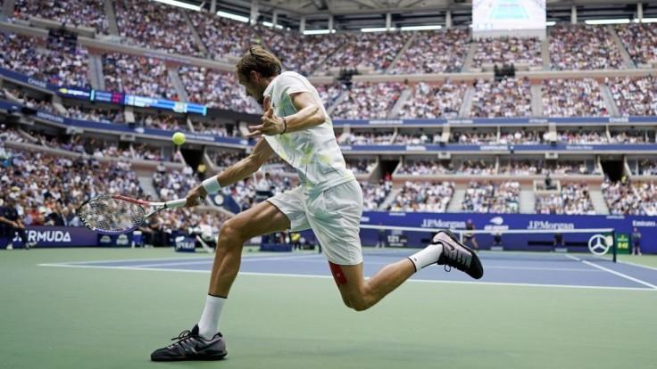 Tenisový turnaj museli zrušiť, dôvodom sú protivládne protesty