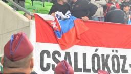 Po urážkach na futbale sme si predvolali maďarského veľvyslanca