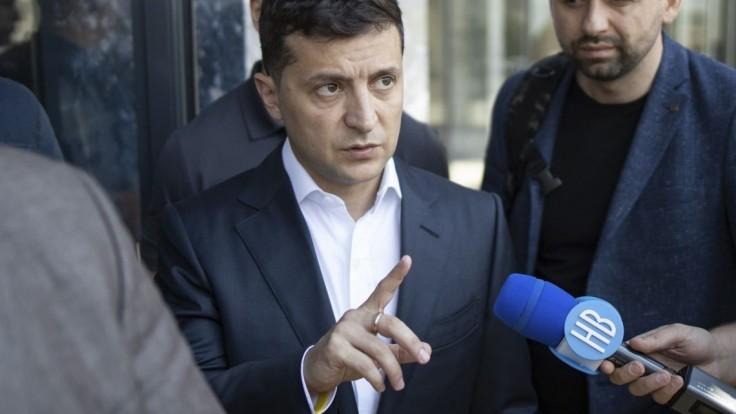 Západ vraj tlačí na Ukrajinu, aby Rusku neakceptovateľne ustúpila