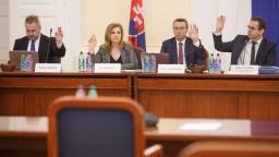 Vypočúvajú kandidátov na sudcov ÚS, nováčikovia sú štyria