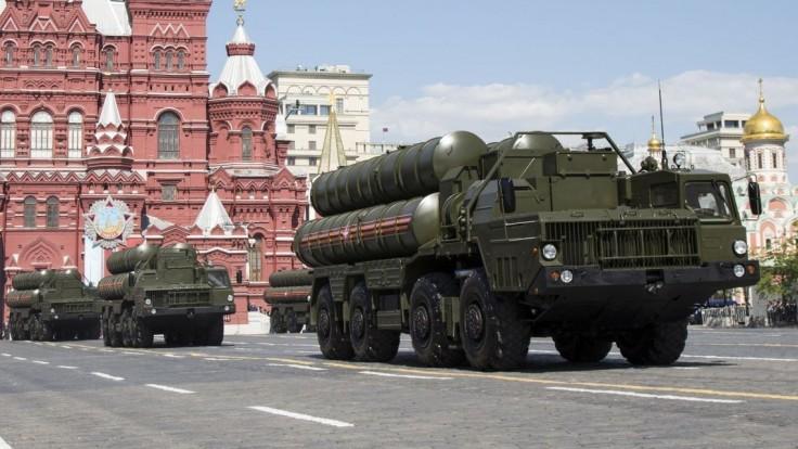 Sme pripravení pomôcť, odkázal Putin a Saudom ponúkol rakety